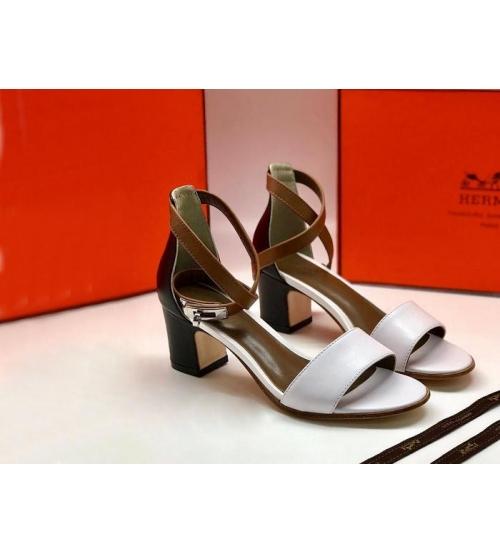 Женские сандалии Hermes (Гермес) Manege кожаные на среднем каблуке White