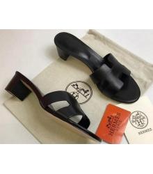 Женские сандалии Hermes (Гермес) Oasis кожаные на среднем каблуке Black