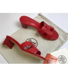 Женские сандалии Hermes (Гермес) Oasis кожаные на среднем каблуке Red