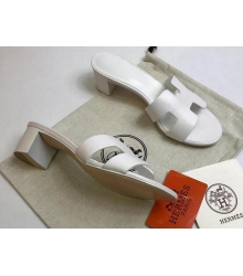 Женские сандалии Hermes (Гермес) Oasis кожаные на среднем каблуке White