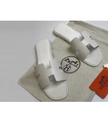 Женские сандалии-шлепки Hermes ( Гермес) Oran кожаные White