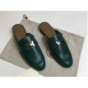 Женские мюли Hermes (Гермес) Oz mule с принтом Faubourg Rainbow кожаные с пряжкой и открытой пяткой Green