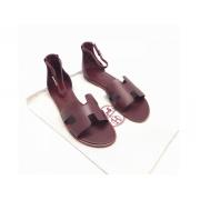 Женские сандалии Hermes (Гермес) Santorini кожаные на плоской подошве Bordo