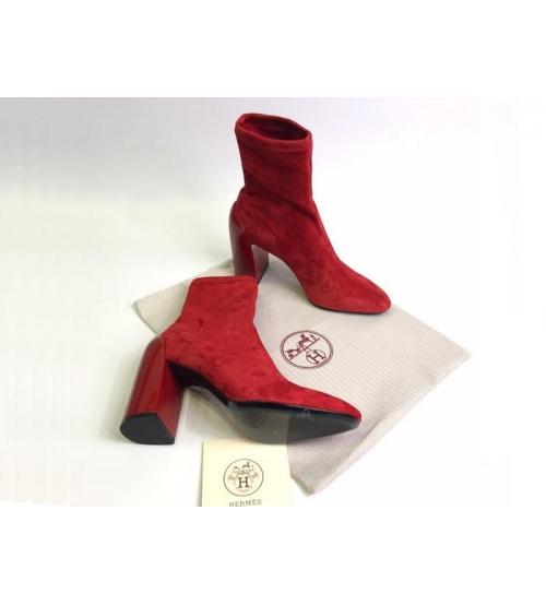 Женские ботильоны Hermes (Гермес) Vinca замшевые на каблуке Red
