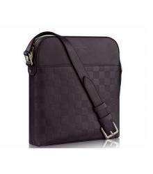 Сумка мужская Louis Vuitton (Луи Виттон) District Pochette BLack