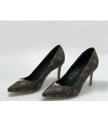 Женские туфли Louis Vuitton (Луи Виттон) кожаные на каблуке шпилька Brown