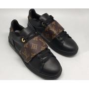 Женские кроссовки Louis Vuitton (Луи Виттон) на липучке Run Away Black