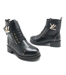 Ботинки зимние женские Louis Vuitton (Луи Виттон) на меху c заклепками Black
