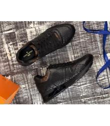 Кроссовки мужские Louis Vuitton (Луи Виттон) Run Away натуральная кожа питона Black
