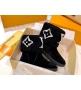 Ботинки женские Louis Vuitton (Луи Виттон) Snowdrop выполнены из овчины и замшевой кожи телёнка Black