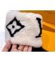 Ботинки женские Louis Vuitton (Луи Виттон) Snowdrop выполнены из овчины и замшевой кожи телёнка Black/White