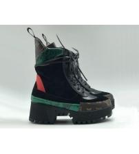 Женские ботинки Louis Vuitton (Луи Виттон) Star Trail Ankle Boot Laureate кожаные высокие на шнурках Black/Red