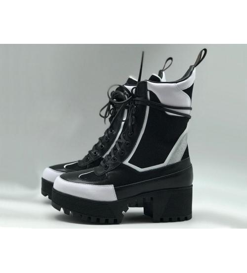 Женские ботинки Louis Vuitton (Луи Виттон) Star Trail Ankle Boot Laureate кожаные высокие на шнурках Black