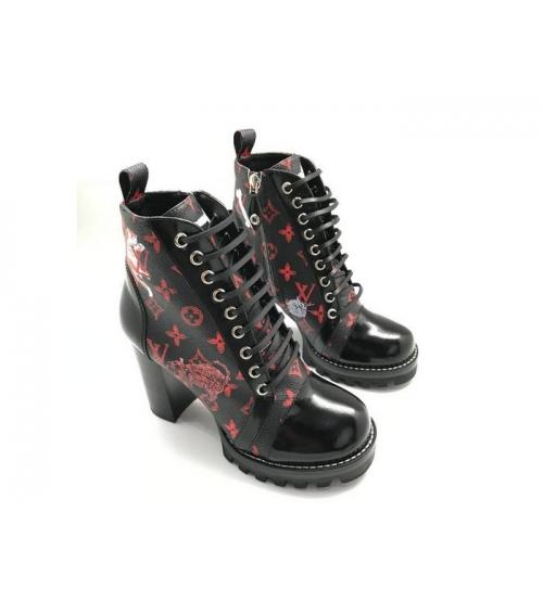 Ботильоны женские Louis Vuitton (Луи Виттон) Star Trail на платформе кожаные каблук 8см Black/Red