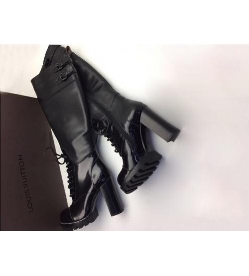Ботинки женские Louis Vuitton (Луи Виттон) высокие кожаные тракторная подошва Black