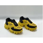 Женские кроссовки Prada (Прада) Cloudbust Thunder кожаные на толстой подошве Yellow