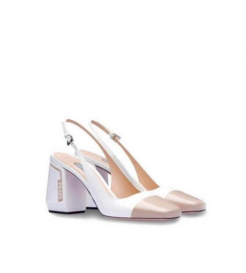 Женские босоножки Prada (Прада) кожаные каблук массивный White/Beige