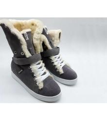 Женские кеды Prada (Прада) замшевые зимние с мехом Grey