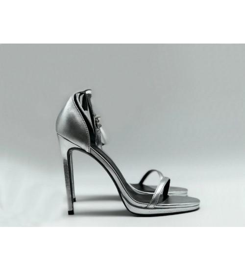 Женские босоножки Yves Saint Laurent (Ив Сен Лоран) кожаные на высоком каблуке Silver