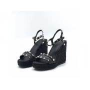 Босоножки женские Valentino Garavani (Валентино Гаравани) кожаные на танкетке Black