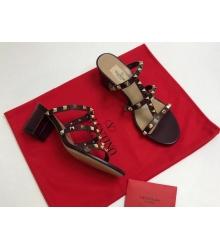 Босоножки женские Valentino Garavani (Валентино Гаравани) кожаные на толстом среднем каблуке Black