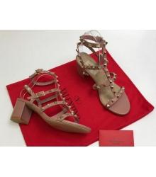 Босоножки женские Valentino Garavani (Валентино Гаравани) кожаные на толстом среднем каблуке Pink