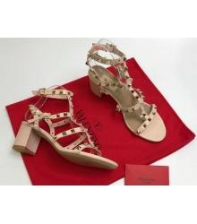Босоножки женские Valentino Garavani (Валентино Гаравани) кожаные на толстом среднем каблуке с шипами Light Lilac