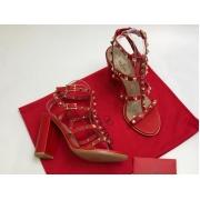 Босоножки женские Valentino Garavani (Валентино Гаравани) кожаные на толстом высоком каблуке Red