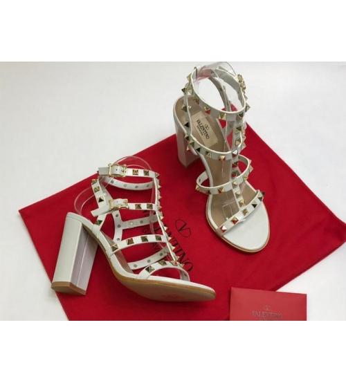 Босоножки женские Valentino Garavani (Валентино Гаравани) кожаные на толстом высоком каблуке White
