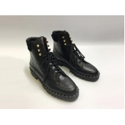 Женские ботинки Valentino Garavani (Валентино Гаравани) кожаные с шипами Black