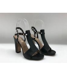 Босоножки женские Valentino Garavani (Валентино Гаравани) Rockstud кожаные на толстом каблуке Black