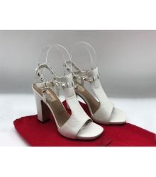 Босоножки женские Valentino Garavani (Валентино Гаравани) Rockstud кожаные на толстом каблуке White