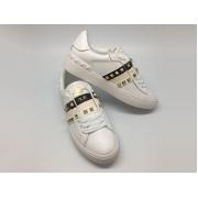 Женские кеды Valentino Garavani (Валентино Гаравани) Rockstud кожаные с шипами White/Black