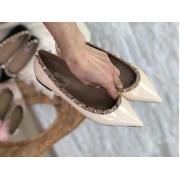 Балетки женские Valentino (Валентино) летние кожаные с шипами White