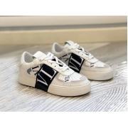 Женские кеды Valentino (Валентино) Rockstud кожаные на шнуровке White/Black