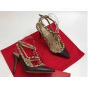 Женские туфли Valentino (Валентино) Rockstud летние кожаные каблук шпилька с открытой пяткой Dark Brown