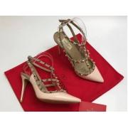 Женские туфли Valentino (Валентино) Rockstud летние кожаные каблук шпилька с открытой пяткой Milk
