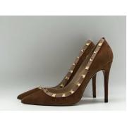 Женские туфли Valentino (Валентино) замшевые на высоком каблуке шпилька Brown